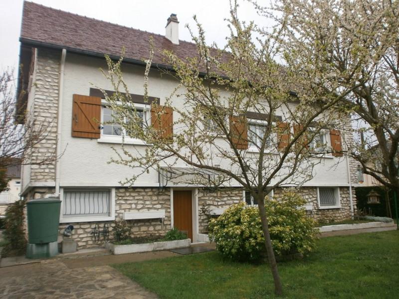 Sale house / villa Ivry la bataille 242000€ - Picture 4