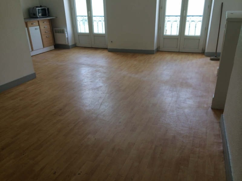 Location appartement Nevers 360€ CC - Photo 1