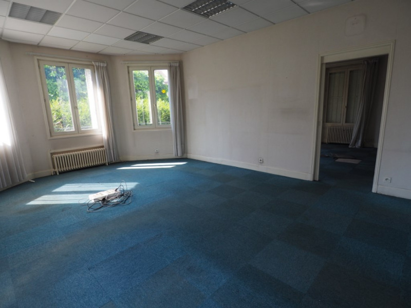 Sale empty room/storage Melun 350 000€ - Picture 3