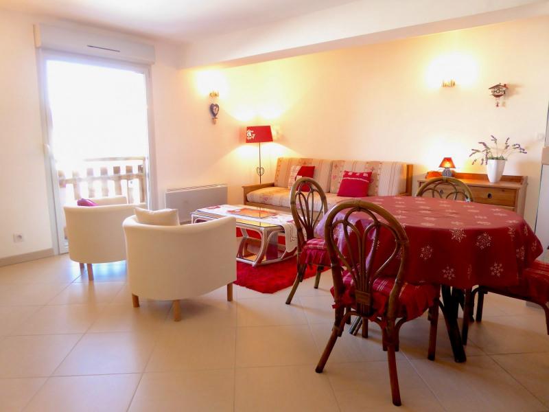 Sale apartment Lajoux 110000€ - Picture 2