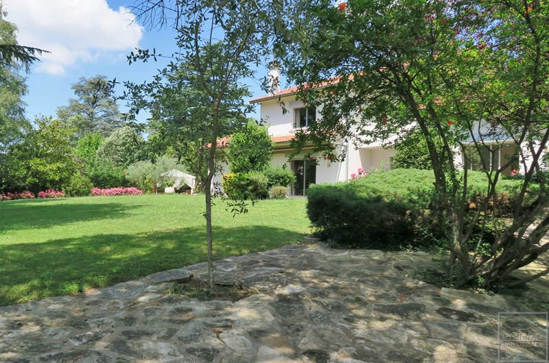 Vente de prestige maison / villa Saint cyr au mont d'or 1 250 000€ - Photo 2