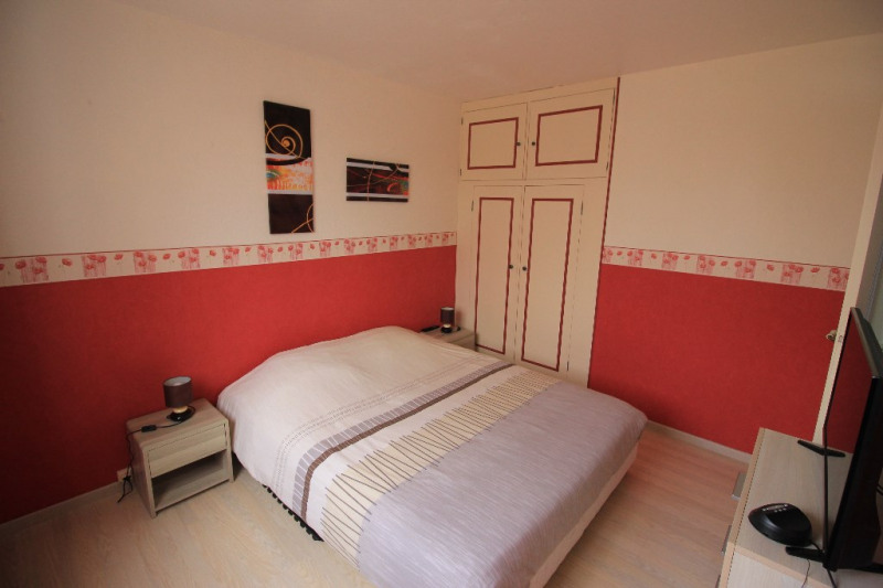 Sale apartment Maurecourt 162 000€ - Picture 3