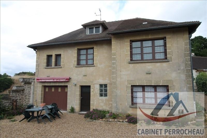 Sale house / villa La chartre sur le loir 134000€ - Picture 2