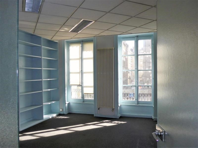 Location bureau Lyon 1er 3 060€ HC - Photo 3
