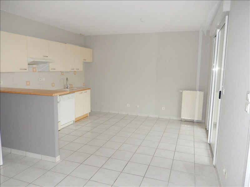 Rental apartment Le puy en velay 570€ CC - Picture 2