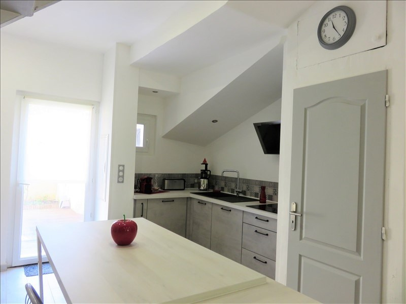Sale apartment Six fours les plages 280 000€ - Picture 5
