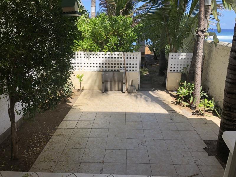 Location appartement Trois bassins 830€ CC - Photo 1