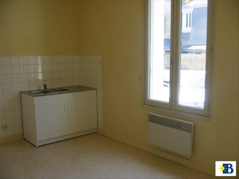 Location appartement Chatellerault 350€ CC - Photo 1