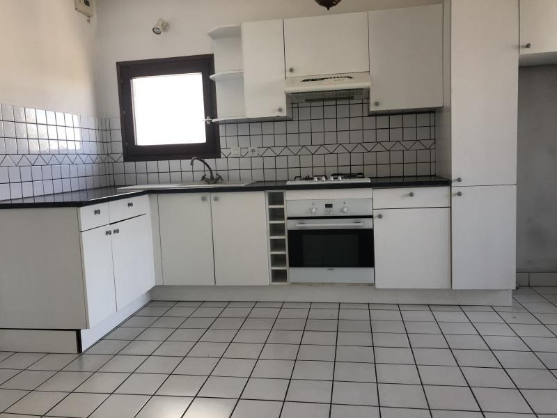 Sale apartment Annecy 273000€ - Picture 2