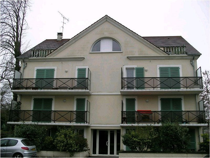 Rental apartment Yerres 773€ CC - Picture 1