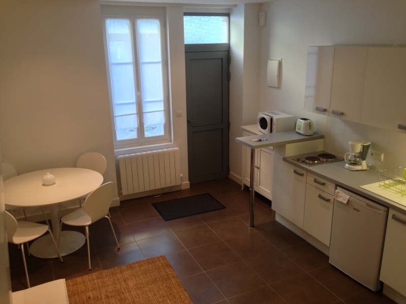 Rental apartment Poitiers 562€ CC - Picture 2