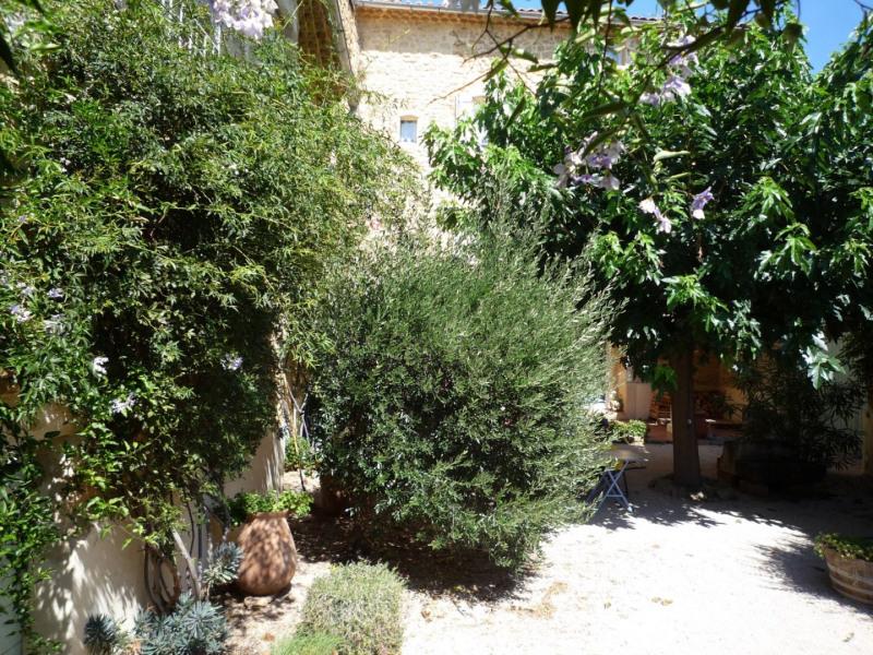 Sale house / villa Serignan du comtat 472500€ - Picture 2