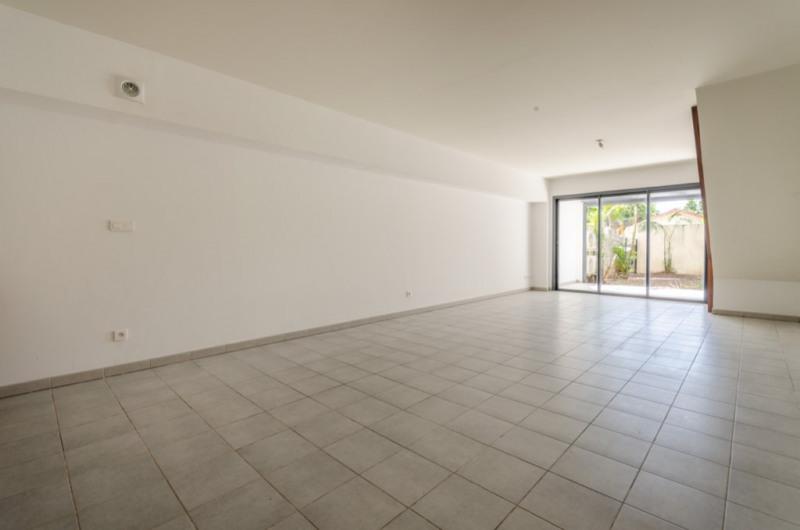 Sale apartment Saint pierre 138000€ - Picture 2