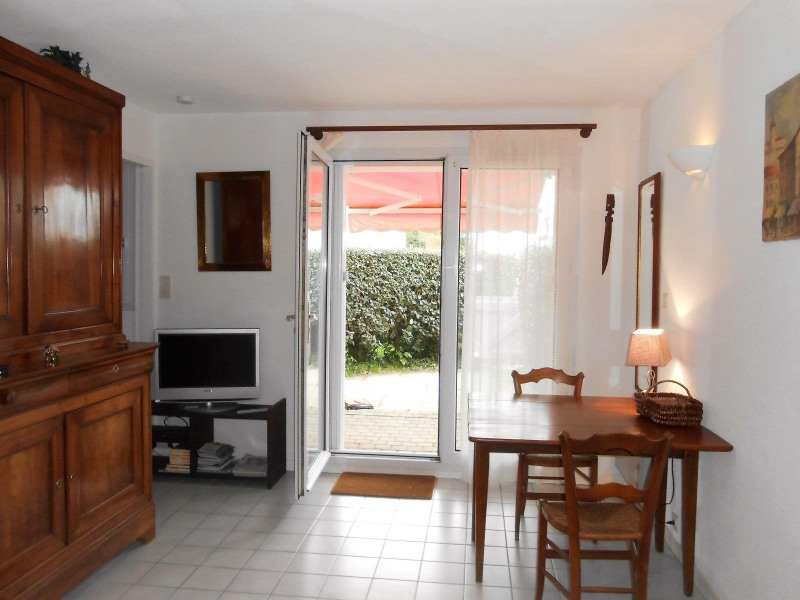 Sale apartment Chateau d olonne 98 000€ - Picture 2