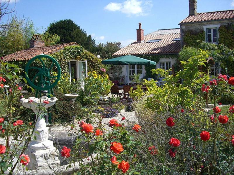Vente maison / villa Velluire 439600€ - Photo 17