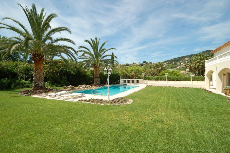 Deluxe sale house / villa Antibes 1315000€ - Picture 7