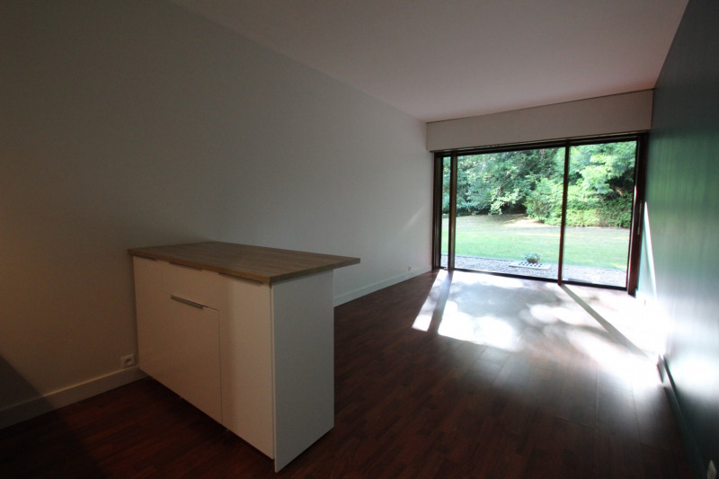 Rental apartment Rocquencourt 659€ CC - Picture 1