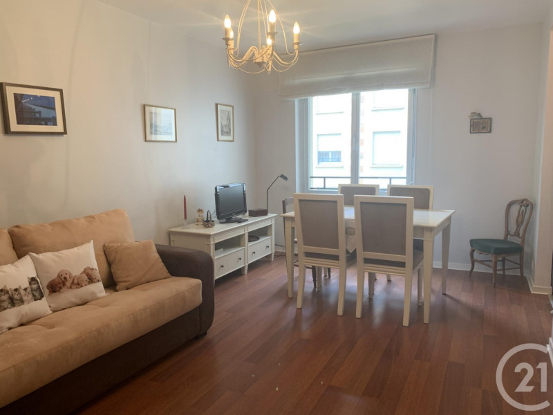 Verkoop  appartement Deauville 112000€ - Foto 2