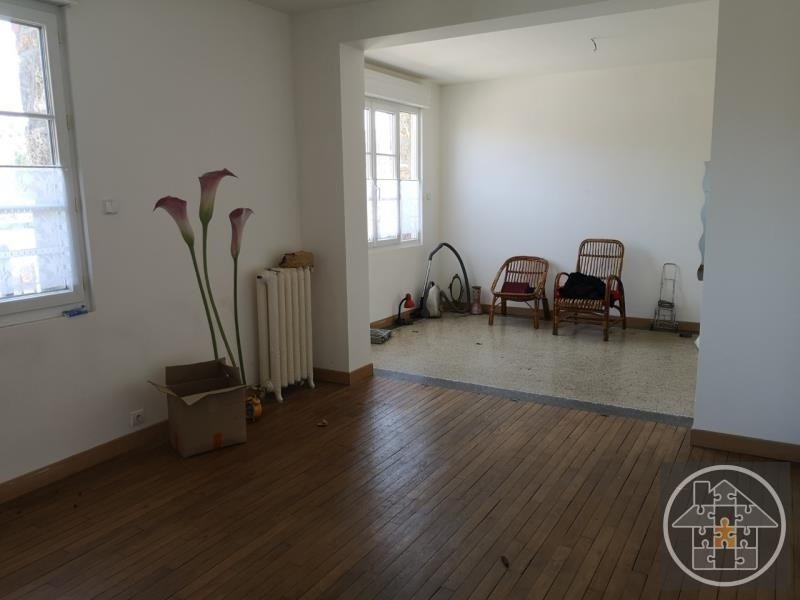 Location maison / villa Longueil annel 1 000€ CC - Photo 2