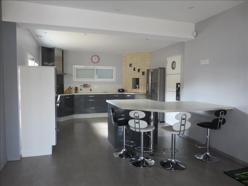 Sale house / villa Menesplet 355 000€ - Picture 2