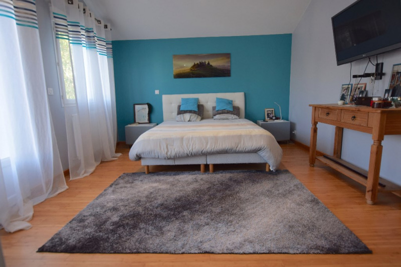 Sale house / villa Savigny sur orge 480000€ - Picture 3
