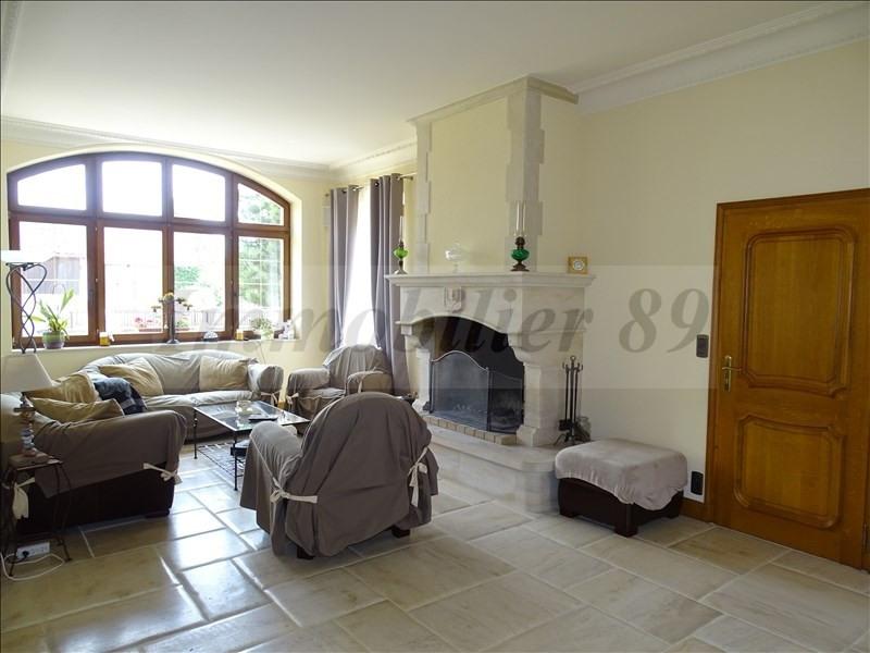 Sale house / villa Au coeur de la forêt 295000€ - Picture 3