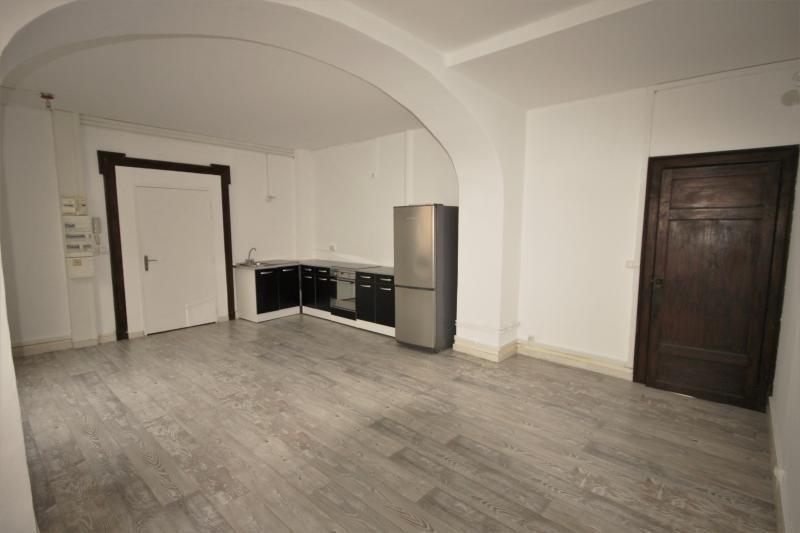 Sale apartment Oloron ste marie 69000€ - Picture 2
