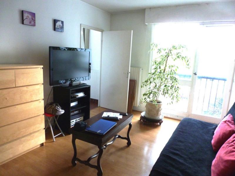 Rental apartment Maurepas 616€ CC - Picture 1