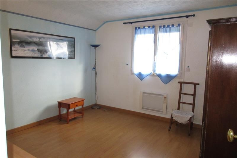 Sale house / villa Plouhinec 218 820€ - Picture 8