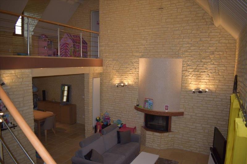 Sale house / villa Breval 339000€ - Picture 2