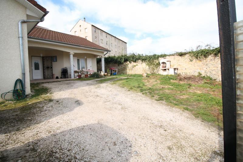 Vente maison / villa Les abrets 210000€ - Photo 8