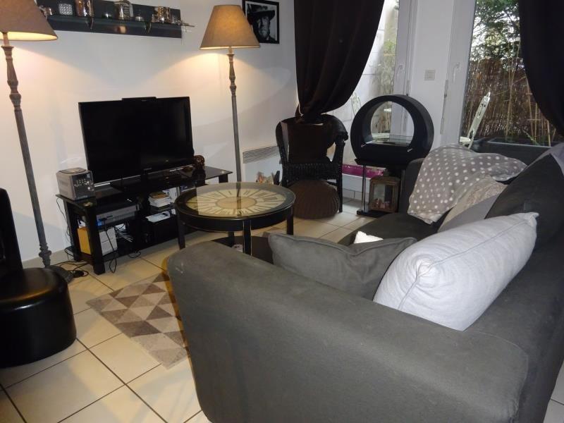 Sale apartment Le raincy 243000€ - Picture 2