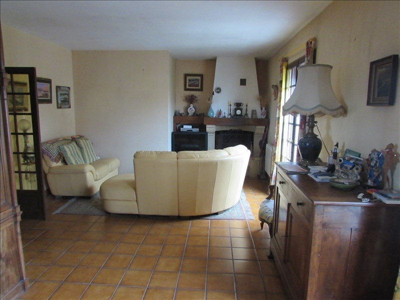 Sale house / villa Colombiers 229 000€ - Picture 3