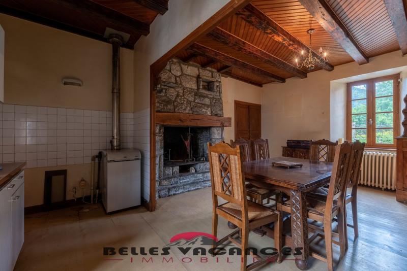 Sale house / villa Bazus-aure 283500€ - Picture 6