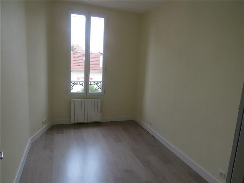 Rental apartment Maisons laffitte 935€ CC - Picture 7