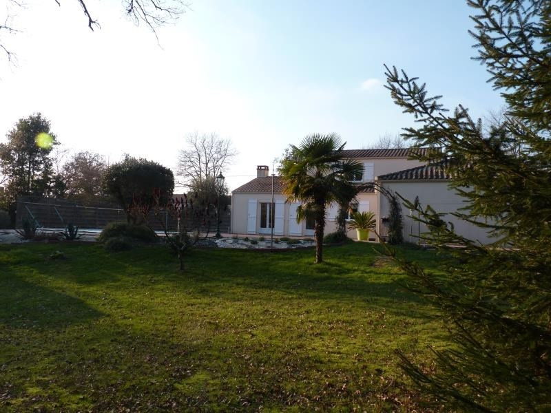 Sale house / villa St avaugourd des landes 405600€ - Picture 5