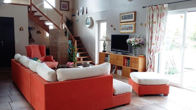 Rental house / villa Saint-pée-sur-nivelle 1700€ CC - Picture 4
