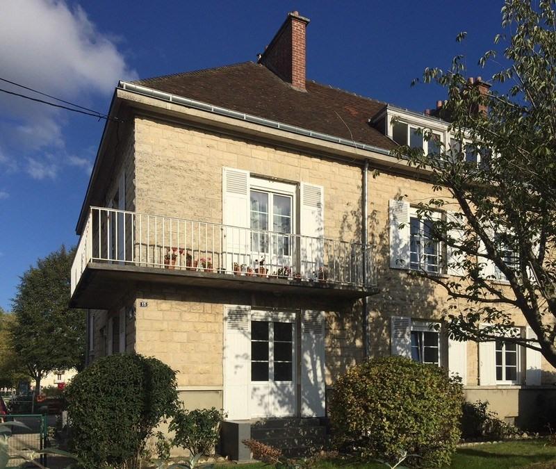 Sale building Falaise 337600€ - Picture 1