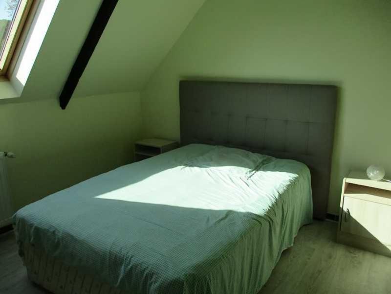 Sale house / villa Peumerit quintin 254400€ - Picture 8