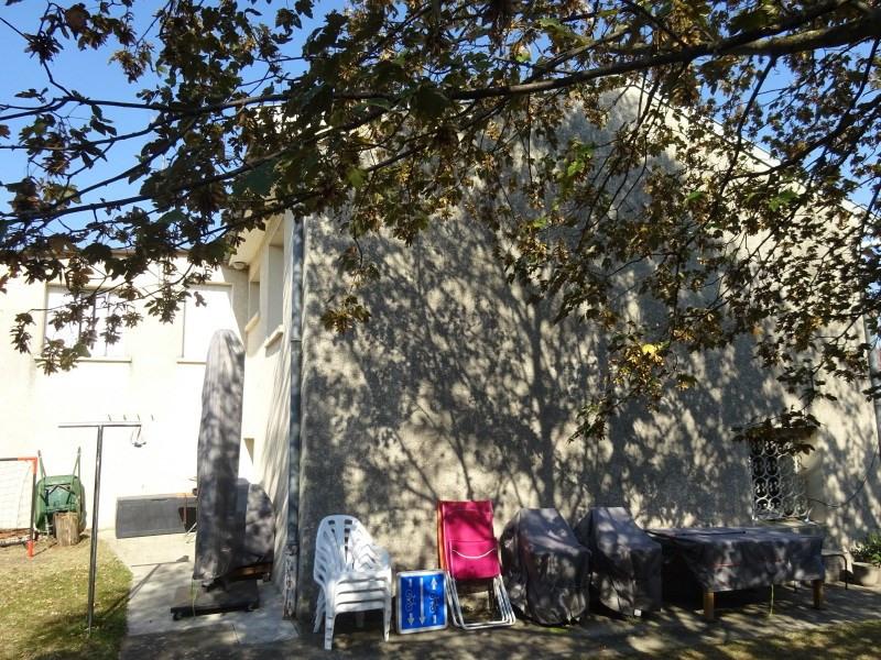 Rental house / villa Solaize 957€ CC - Picture 3