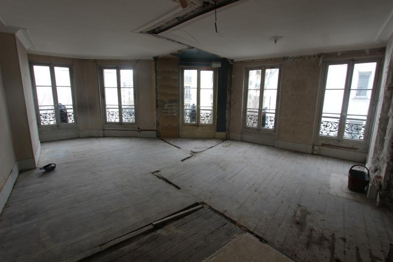 Sale apartment Paris 3ème 779000€ - Picture 1