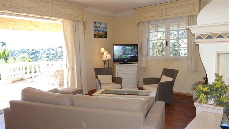 Vacation rental house / villa Cavalaire sur mer 1 000€ - Picture 16