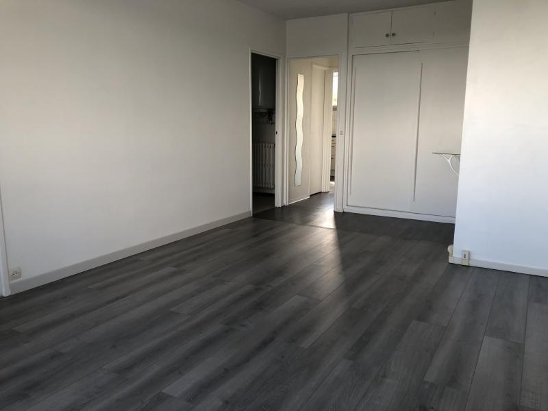Sale apartment Bois guillaume 92000€ - Picture 2
