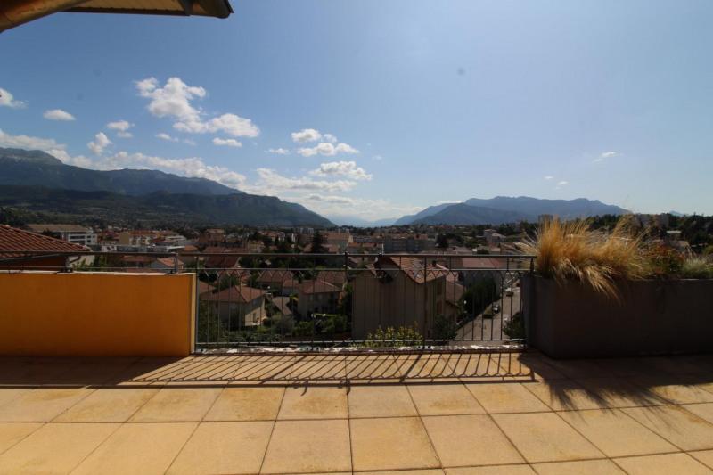 Verkoop  appartement Voiron 420000€ - Foto 2