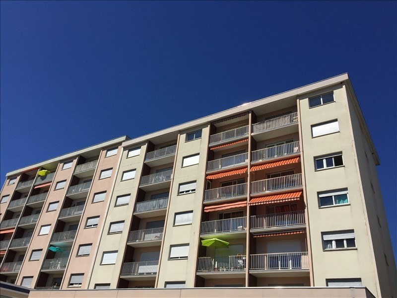 Location appartement La roche-sur-foron 875€ CC - Photo 6
