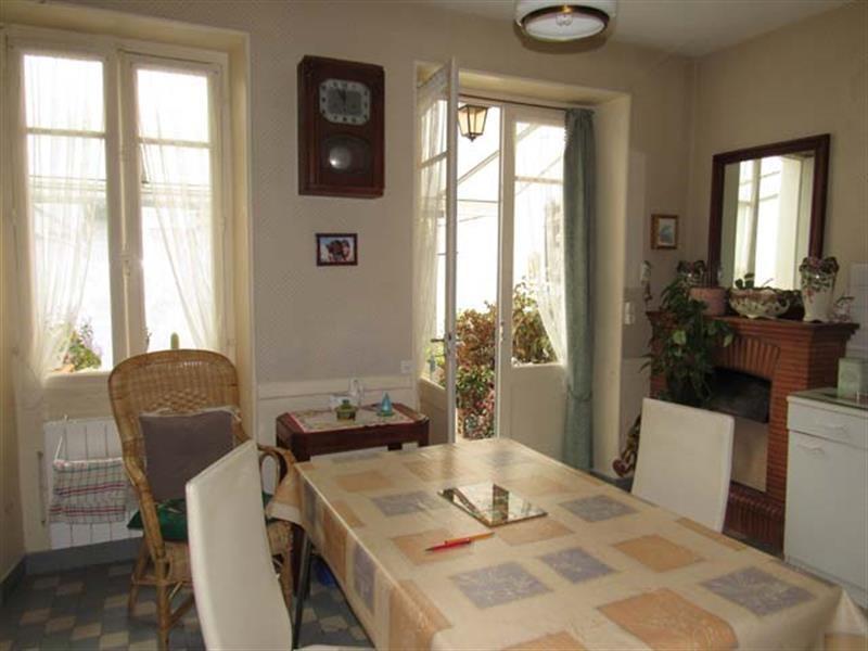 Vente maison / villa Saint-jean-d'angély 169600€ - Photo 3