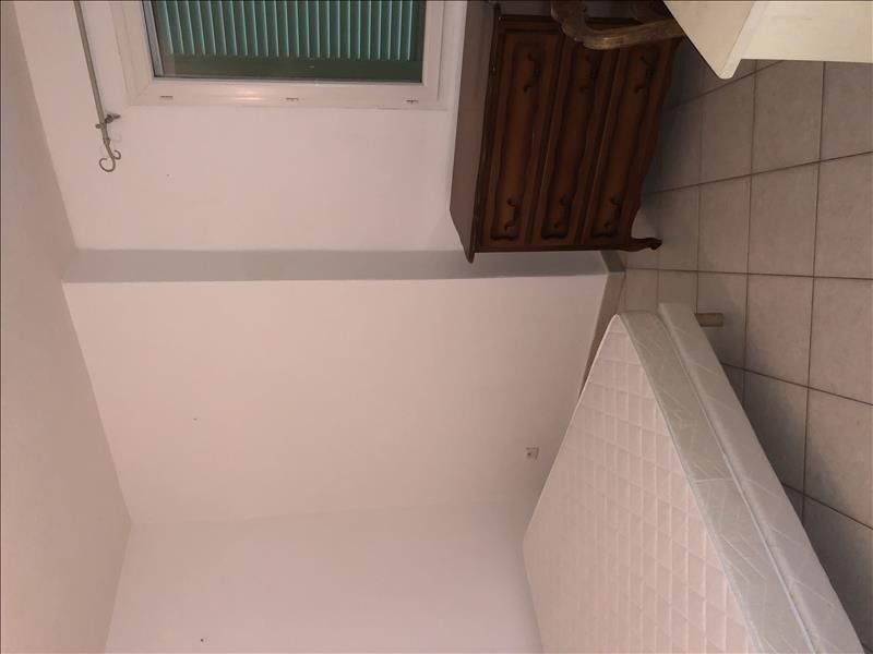 Location appartement Sant antonino 650€ CC - Photo 5