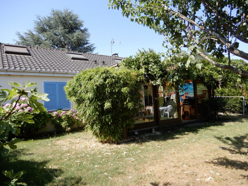 Sale house / villa Mennecy 343000€ - Picture 1