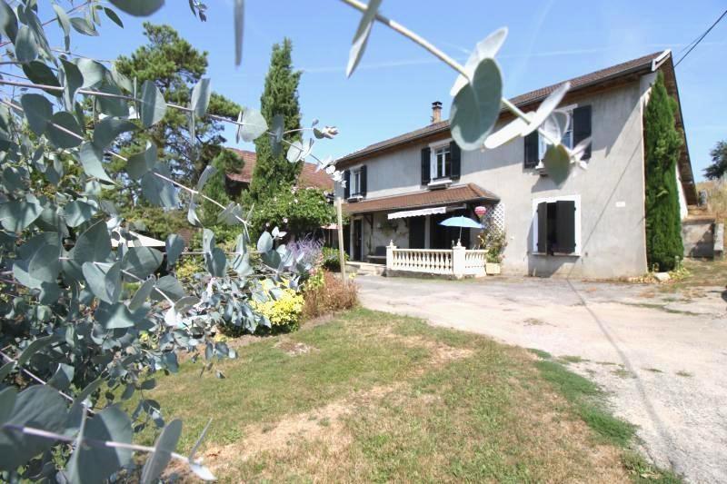 Vente maison / villa Les abrets 318000€ - Photo 1