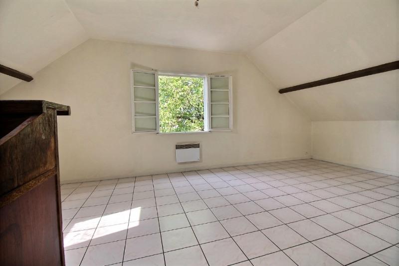 Sale apartment Oloron sainte marie 106000€ - Picture 2